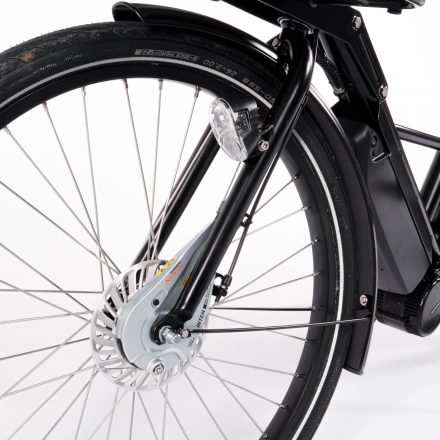 Easy flat tire swop system for real wheel
